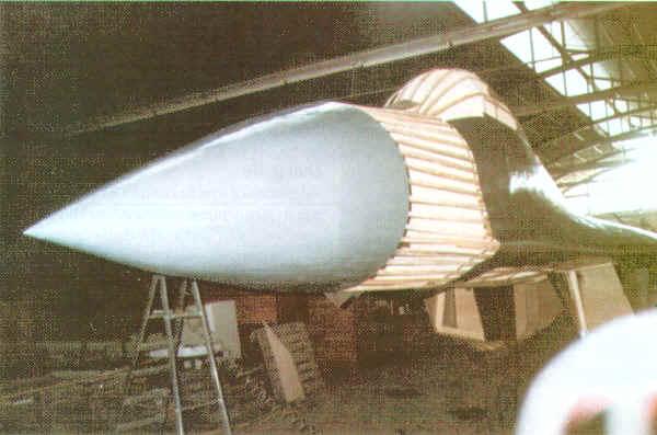 """LECCIONES APRENDIDAS PARA LA FAP: GUERRA DE YUGOSLAVIA 1999 ( Caso: Escuadron de caza MIG-29 """"VITEZOVI""""  ) - Página 2 Mig-29-3"""